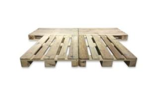 Cama de madera fabricada con palets
