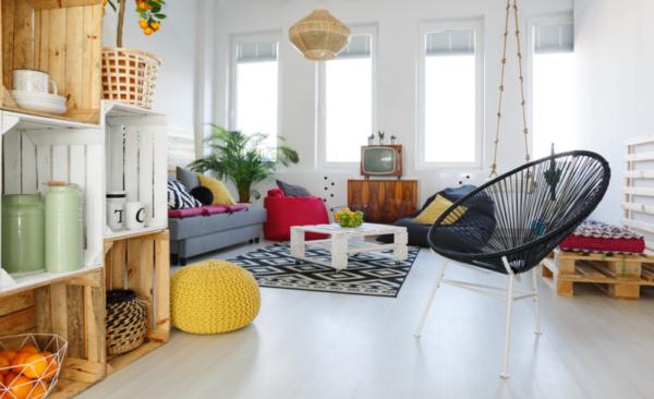 Mesas auxiliares como mobiliario para salón
